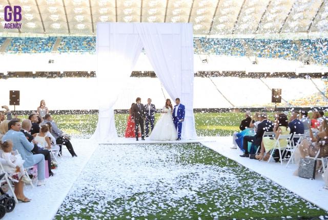 Фото футбольной свадьбы